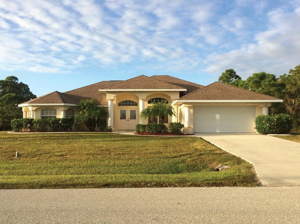 Villa with pool for sale Florida Gulf Coast